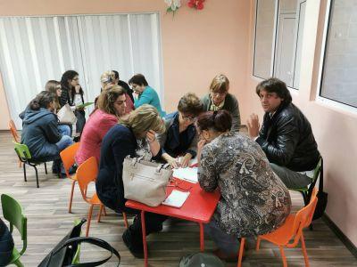 "Интерактивна среща по проект ""Уверени родители-успешни деца"" 1"