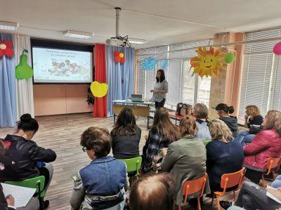 "Интерактивна среща по проект ""Уверени родители-успешни деца"" 2"