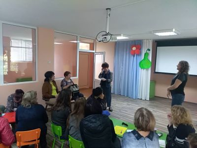 "Интерактивна среща по проект ""Уверени родители-успешни деца"" 9"